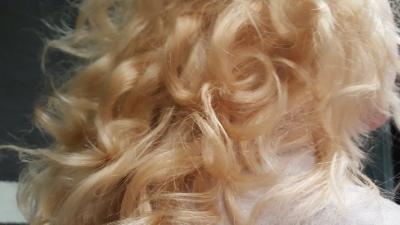 När man sovit med nyduschat hår.... Part 3